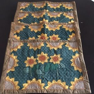 Vintage Quilted Sunflower 4 Placemats